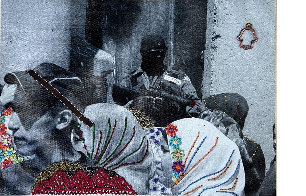 מציאות תפורה |  הדפס צילומי על קנבס, מעוטר,  2018. צילום: תמר פליישמן