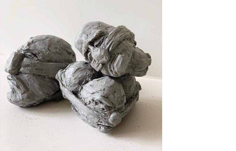"""2020   פסלים: חימר, יציקת אבן לראשים. גודל כל יחידה: 20/20/28 ס""""מ"""